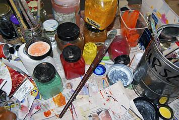 Stof voor pigmenten worden verzameld en verwerkt