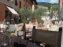 Überall in der Toskana kann man in schönen Bars verweilen