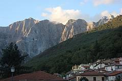 Der Monte Altissimo und Azzano