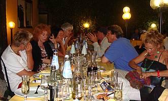 Cheerful celebration in the Restaurant Mamma Enza