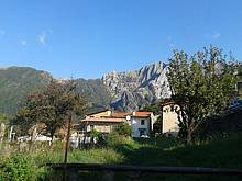 Unser Dorf mit dem Marmorberg